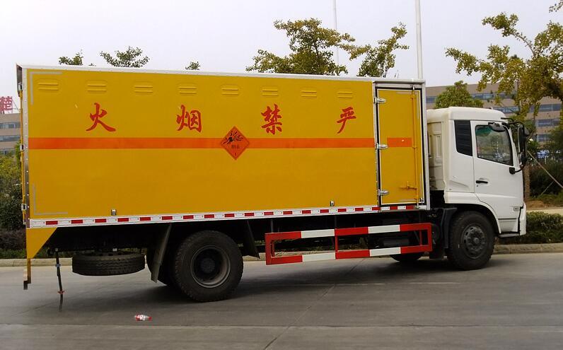 东风天锦5吨防爆2.jpg